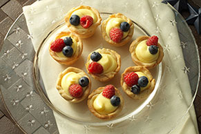 JELL-O Patriotic Mini Fruit Tarts