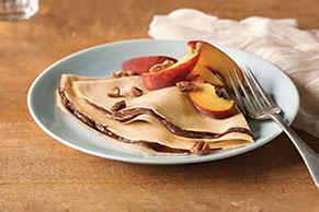 Creamy Peaches & Pecan Crêpes