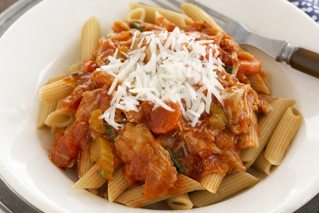 Slow-Cooker Chicken Bolognese Image 1