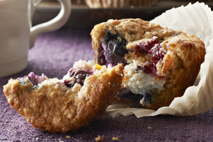 Wild Berry-Oatmeal Cheesecake Muffins