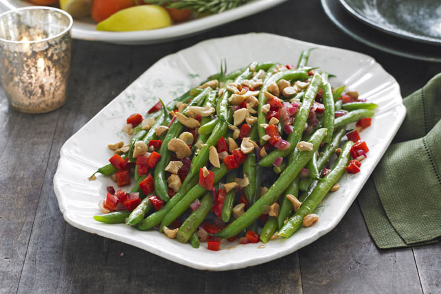 Sauteed Green Beans & Cashews Image 1