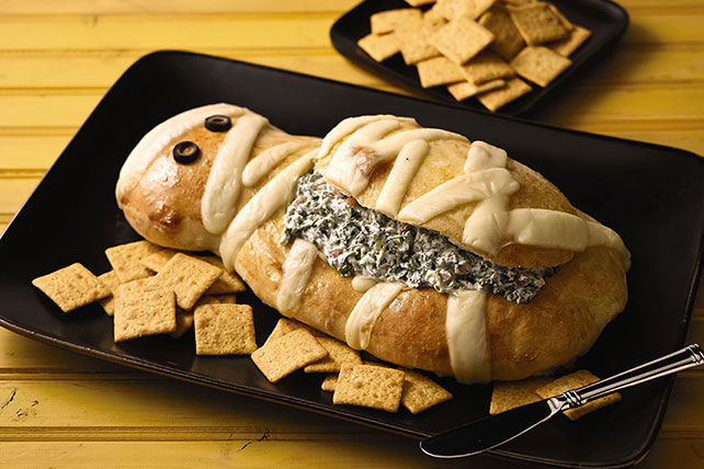 Halloween Mummy Spinach Dip Image 1