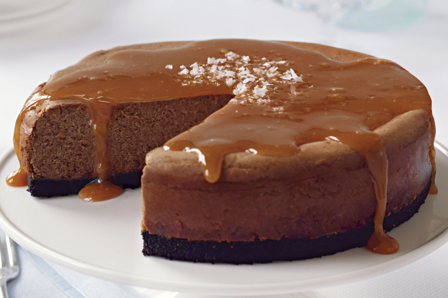 Salted Caramel-Chocolate Cheesecake Image 1