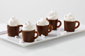 Reduced-Sugar Hot Cocoa Pudding Mugs Image 1