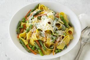 Asparagus-Pesto Pasta Toss
