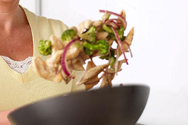 Stir-Fried Chicken & Broccoli Image 1
