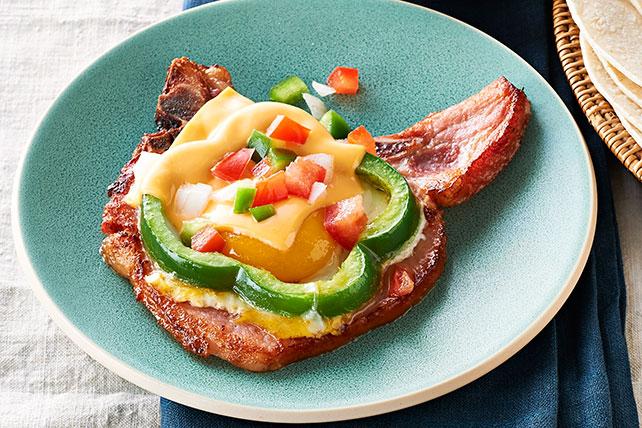 Chuletas ahumadas con corona de huevo y queso Image 1