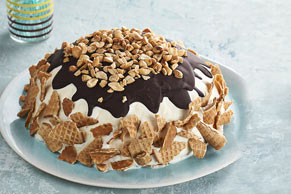 """Sundae Cone """"Cake"""""""