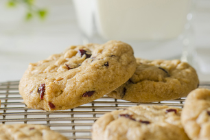 Super-Easy Peanut Butter-Cranberry Cookies
