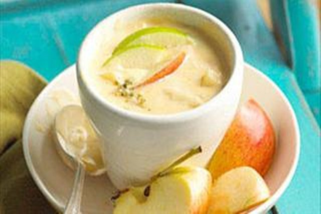 Apple-Cheddar Soup Image 1