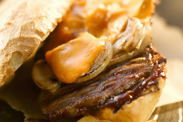 Sandwich au bifteck au poivre Image 1