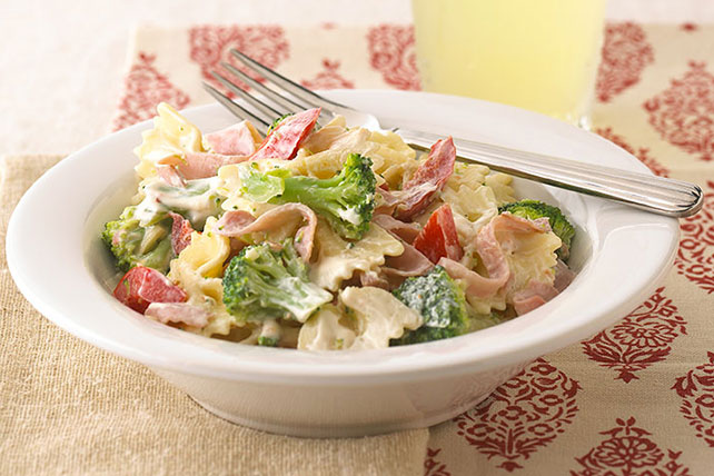 Creamy Pasta with Ham and Veggies