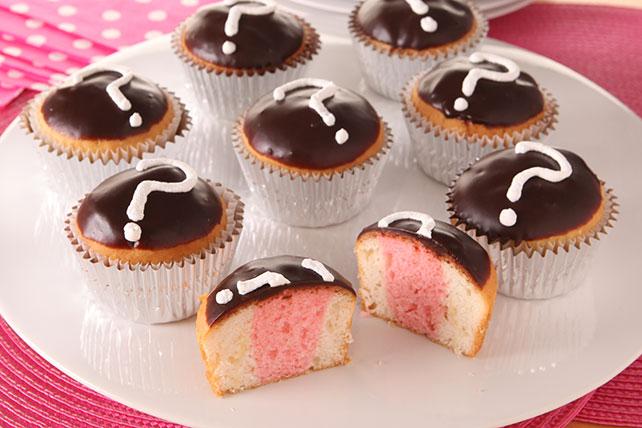 Pastelitos rosados para la fiesta de baby shower Image 1