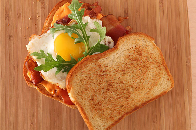 "MIRACLE WHIP  Bacon & ""Egg-Wich"" Image 1"