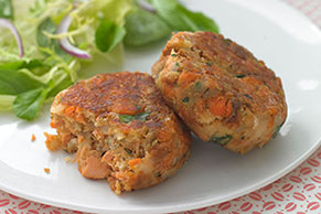 HEALTHY LIVING Salmon Cakes Recipe