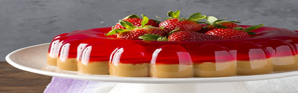 Dulce de Leche & Strawberry Gelatin Dessert Image 1
