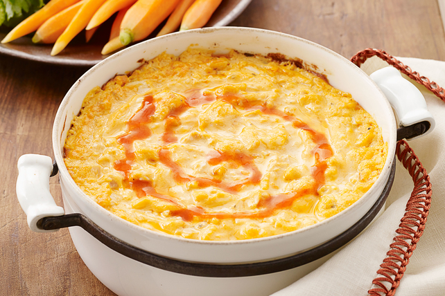 cheesy buffalo chicken dip