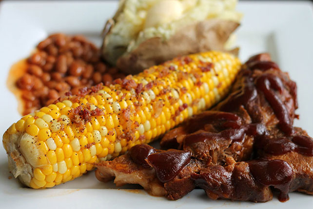 Easy Country-Style Slow Cooker Pork Ribs Image 1
