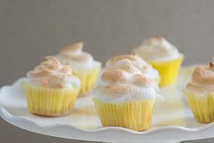 Petits gâteaux au fromage meringués au citron