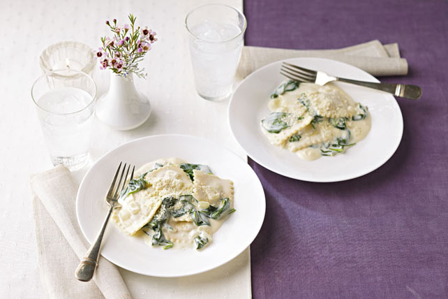 Ravioli in Creamy Spinach Sauce Image 1