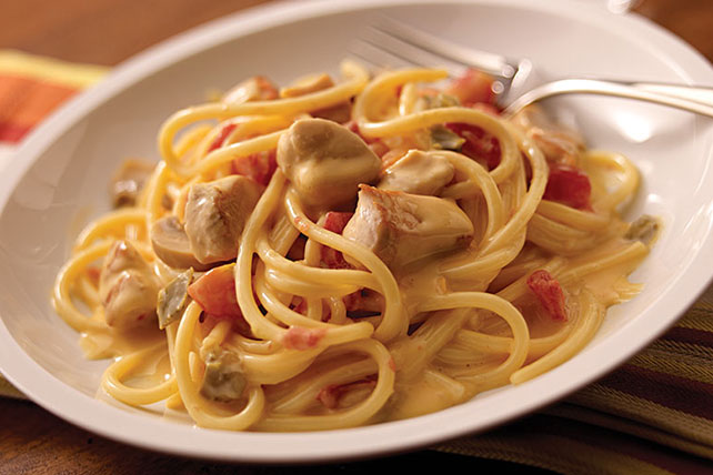 VELVEETA® Spicy Chicken Spaghetti - Kraft Recipes