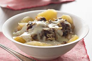 Croustade aux pommes à la mijoteuse et sauce chaude à la vanille