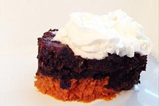 Chocolate Pumpkin Slow Cooker Cake Image 1