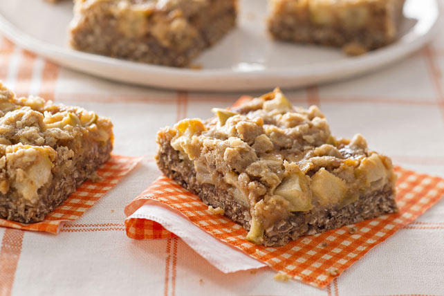 Caramel Apple Crisp Bars Image 1