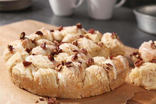Sweet & Nutty Pull-Apart Coffee Cake Image 1