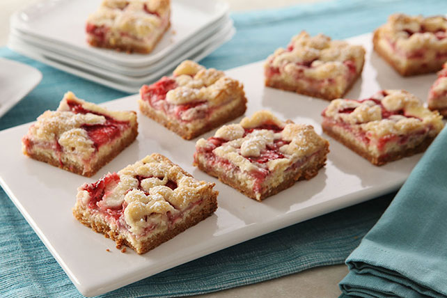 Strawberries & Cream Bars Image 1