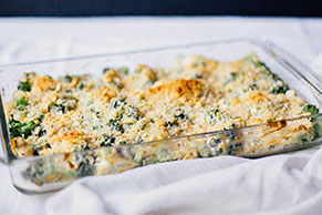 Triple Cheddar & Broccoli Casserole