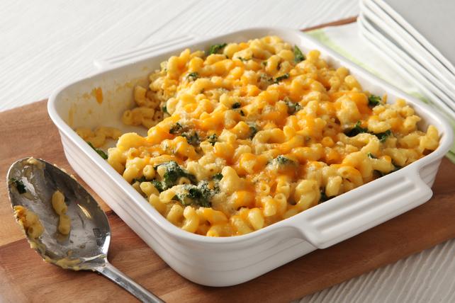 Macaroni et fromage aux légumes-feuilles au four Image 1