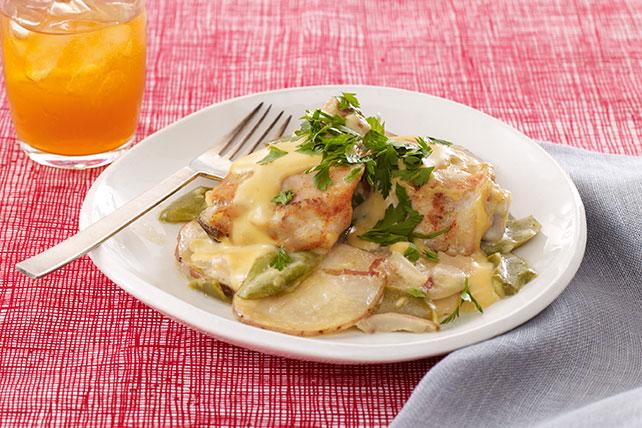Pollo con papas y queso en olla de cocción lenta