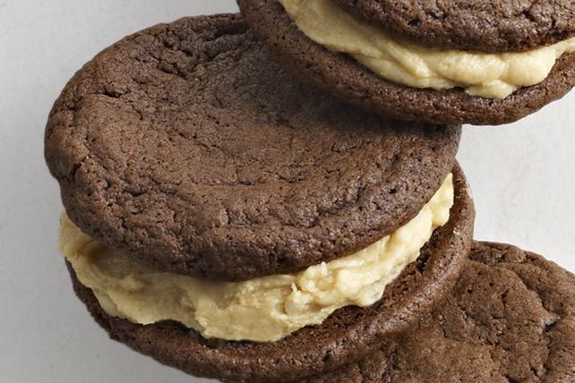 Biscuits sandwichs au chocolat et au beurre d'arachide Image 1