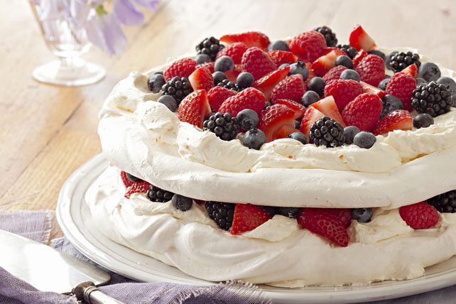 Layered Berry Pavlova Image 1