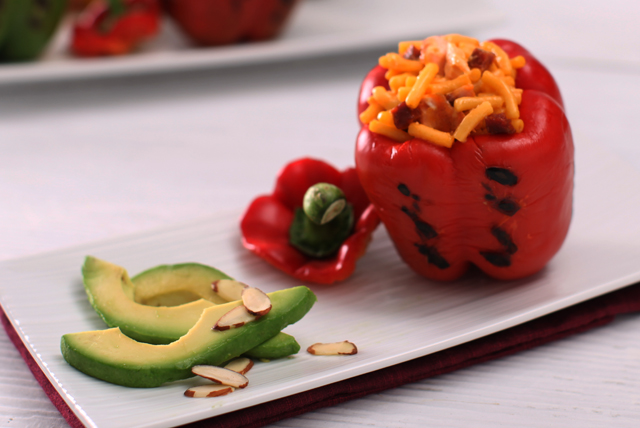 Stuffed Peppers with KRAFT DINNER Image 1
