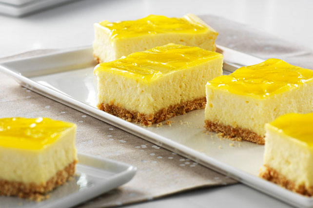 Barritas de cheesecake al limón doble