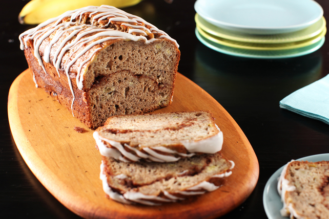 Cinnamon-Swirl Banana Bread Image 1