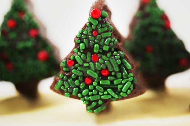 Easy Christmas Fudge Image 1