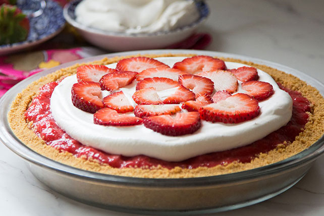 Easy Creamy Triple-Strawberry Pie Image 1