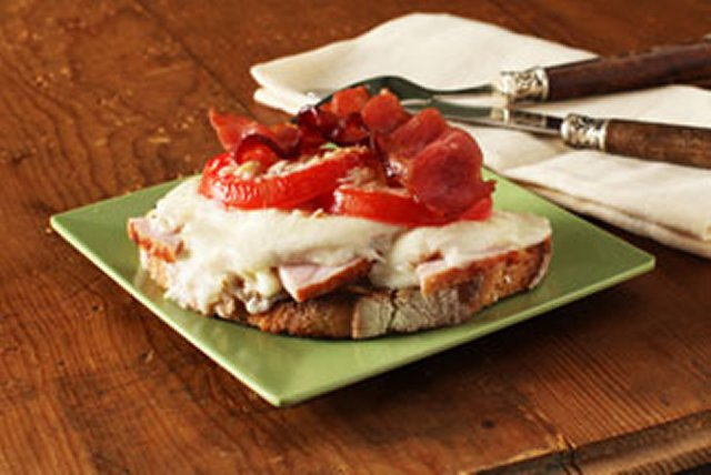 Hot Brown Sandwich Image 1