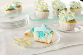 White Chocolate-Snowflake Cupcakes