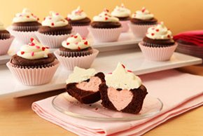 Heart Surprise-Inside Cupcakes