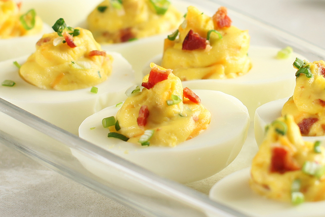 Bacon-Cheddar Devilled Eggs Image 1
