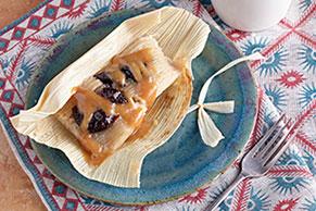 Tamales de ciruelas pasas y caramelos