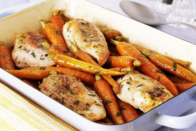 Oven-Roasted Chicken Breasts and Carrots Image 1