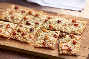 Crispy Bacon-Flatbread Pizza Recipe