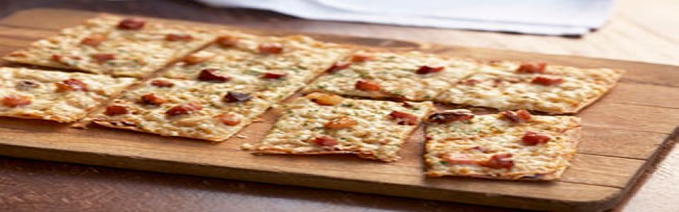 Crispy Bacon-Flatbread Pizza Recipe Image 2
