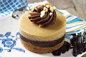Peanut Butter Chocolate Mini Cheesecakes