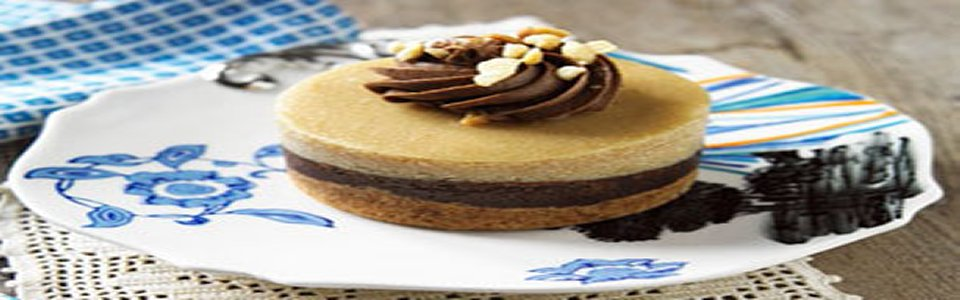 Peanut Butter Chocolate Mini Cheesecakes Image 2
